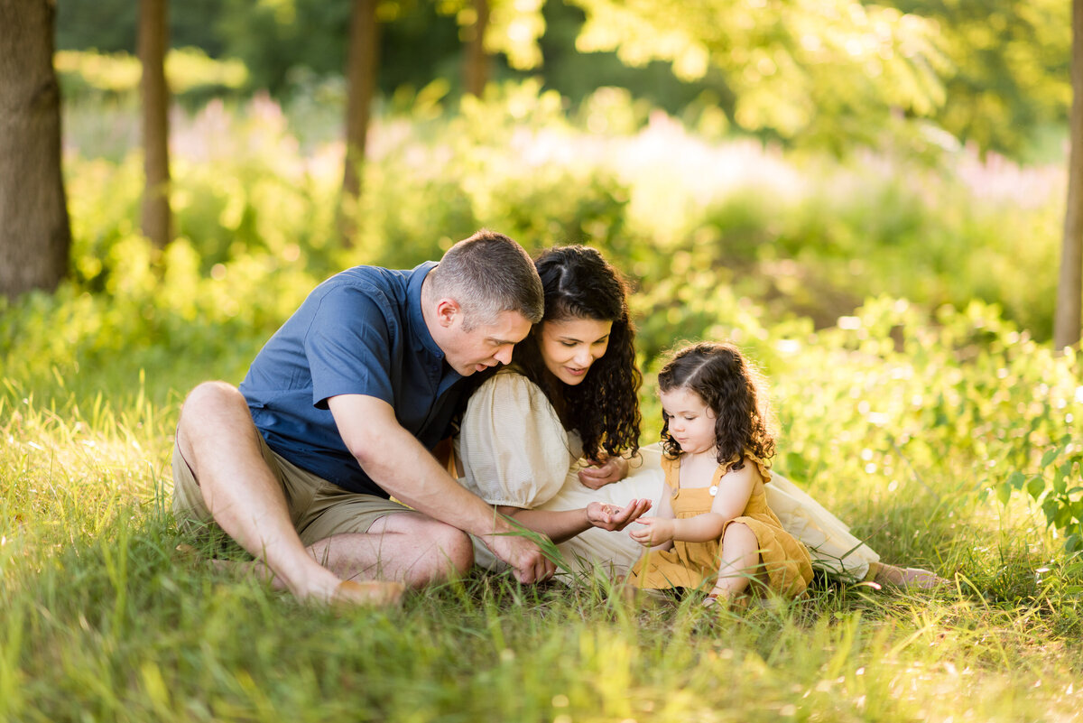 Boston-family-photographer-bella-wang-photography-Lifestyle-session-outdoor-wildflower-35