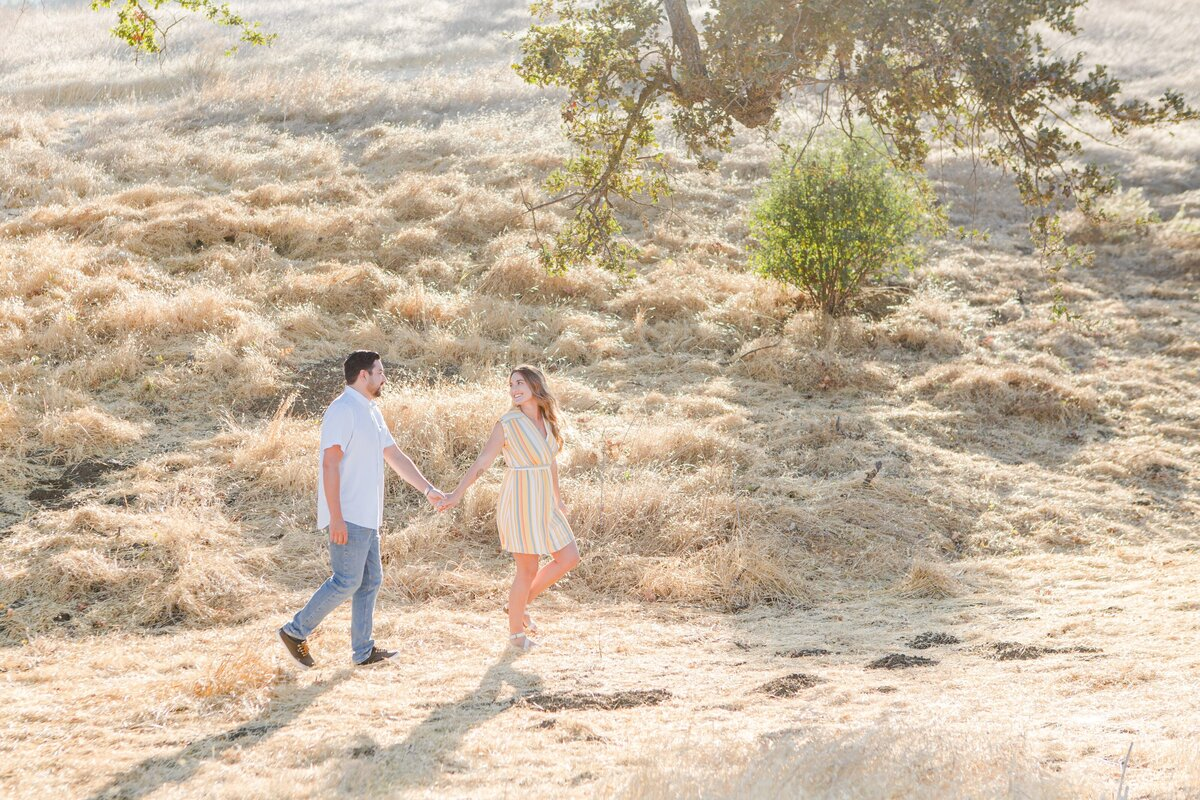 blog-Malibu-State-Creek-Park-Engagament-Shoot-boho-0015
