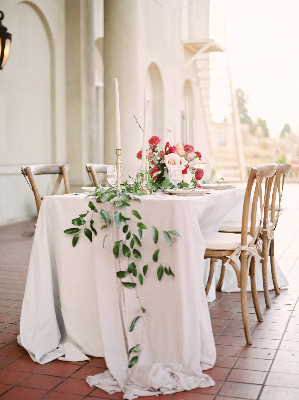 tablescape at hycroft manor