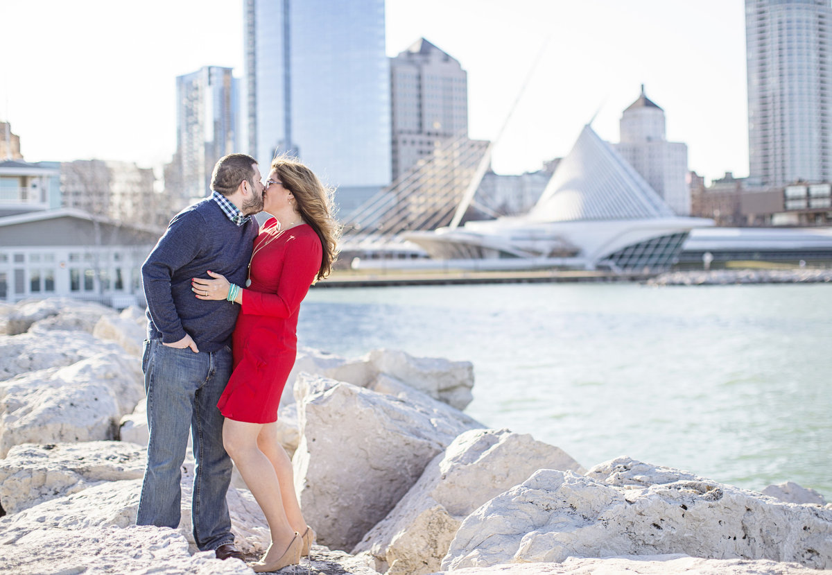 engaged couple downtown milwaukee engagement photos