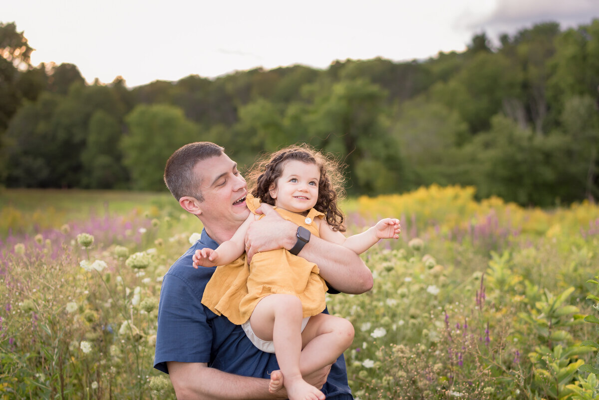 Boston-family-photographer-bella-wang-photography-Lifestyle-session-outdoor-wildflower-85