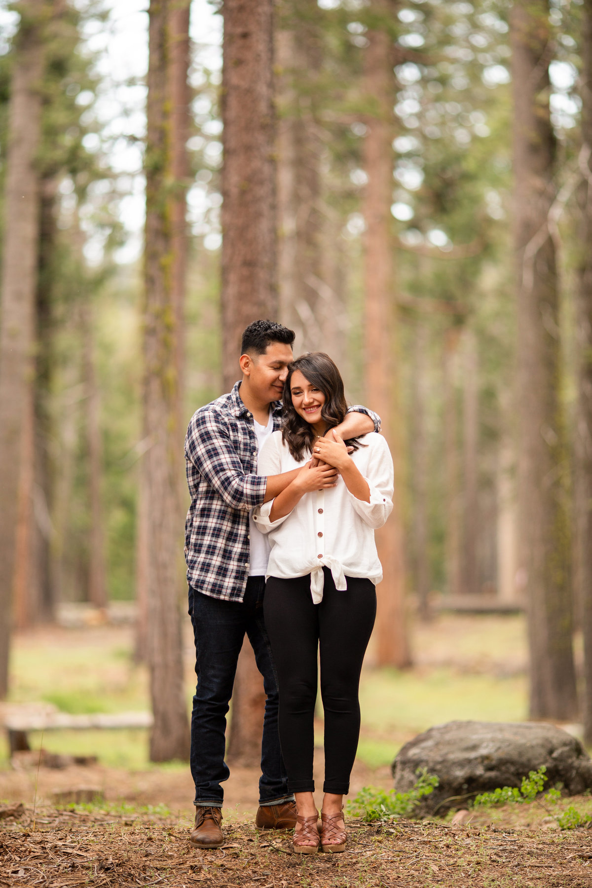 dinckey-creek-engagement-photographer (4)