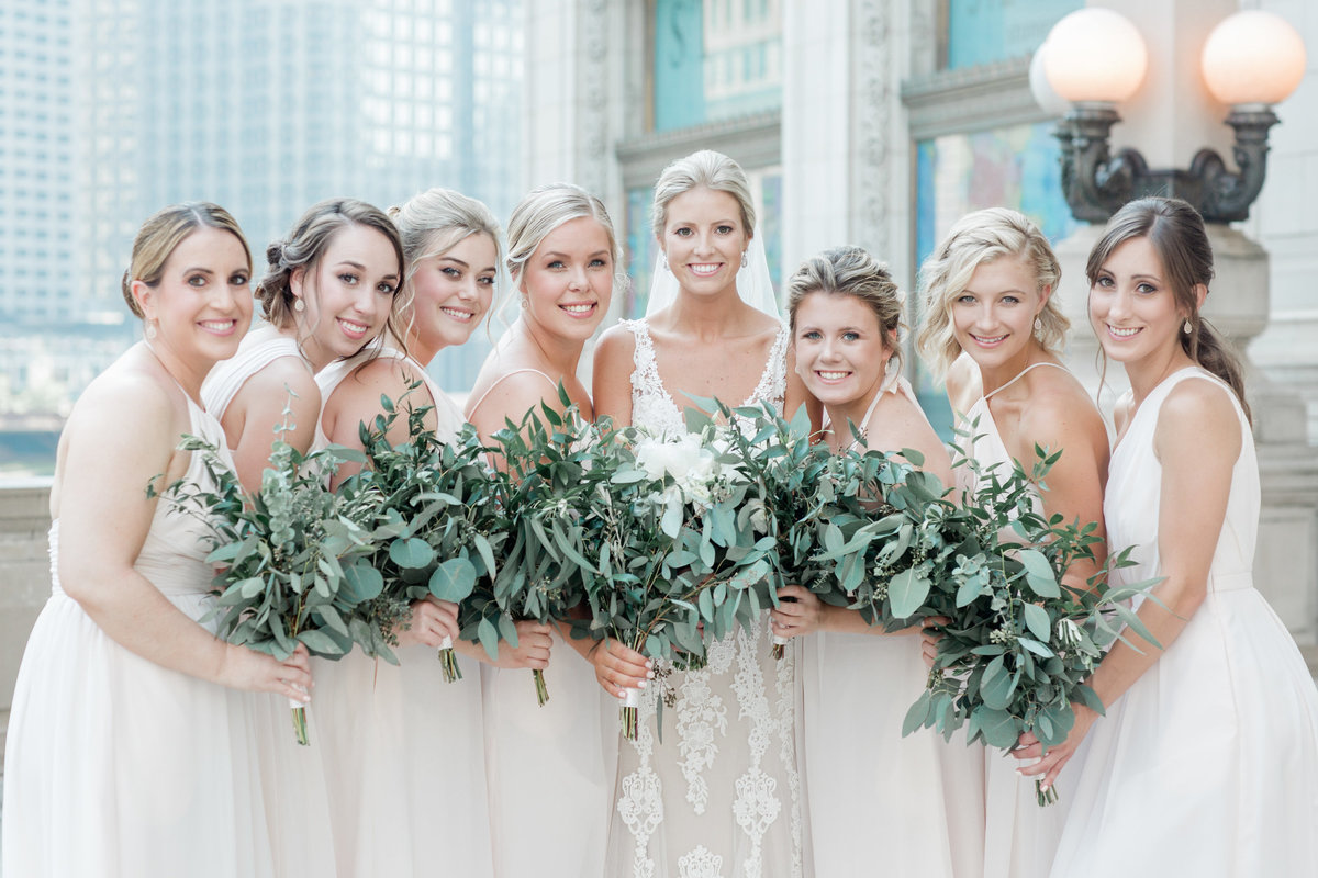 chicago-tribune-tower-wedding-nicole-jason-286
