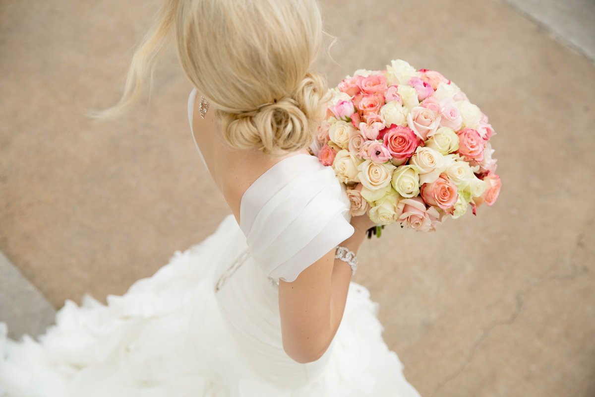 TFWC Mansion wedding photographer bride bouquet dress 2312 San Gabriel St, Austin, TX 78705