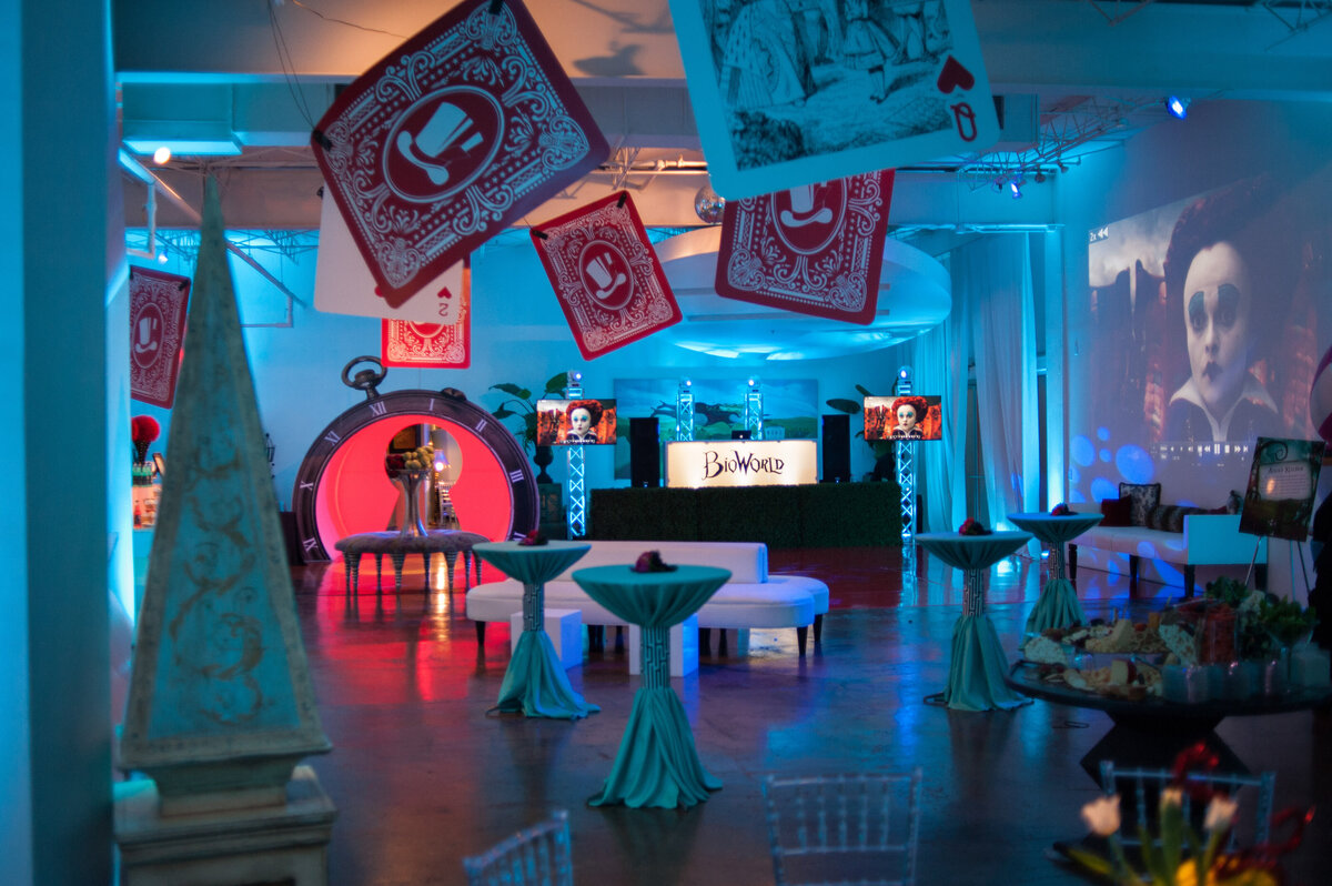alice in wonderland theme party dallas event  planner pop parties corporate events 10