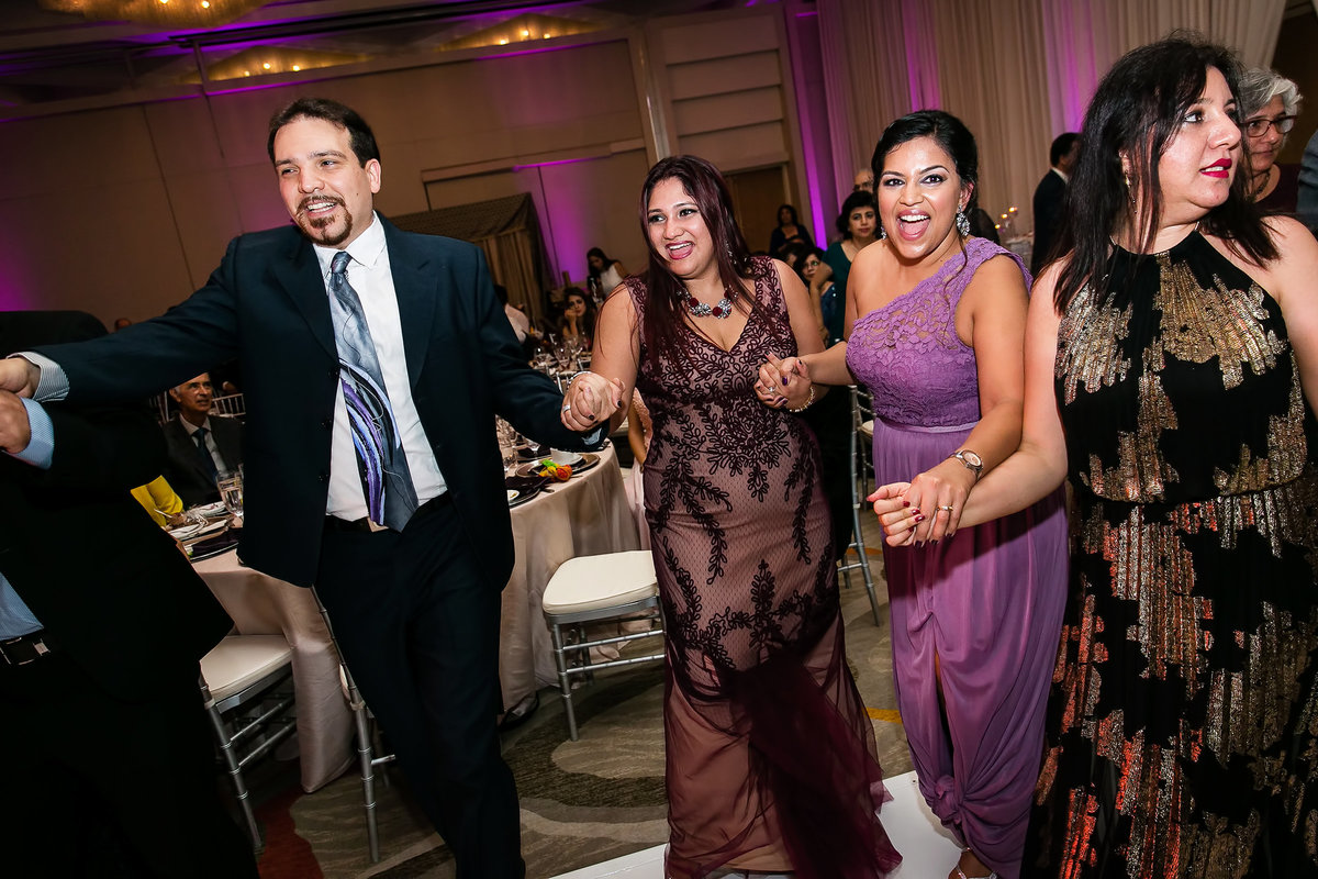 149-hotel-irvine-wedding-photos-sugandha-farzan