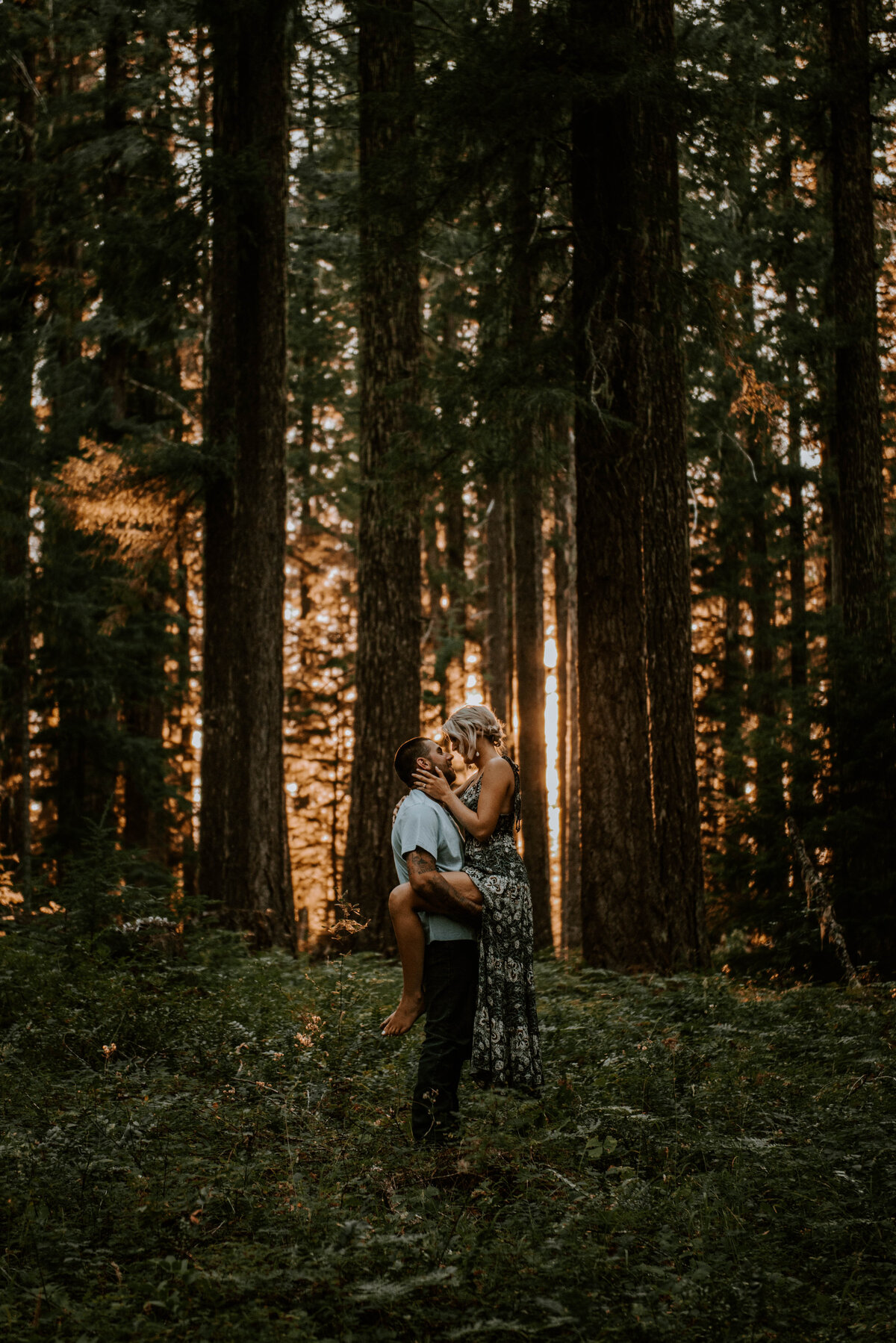 sahalie-falls-oregon-engagement-elopement-photographer-central-waterfall-bend-forest-old-growth-6839