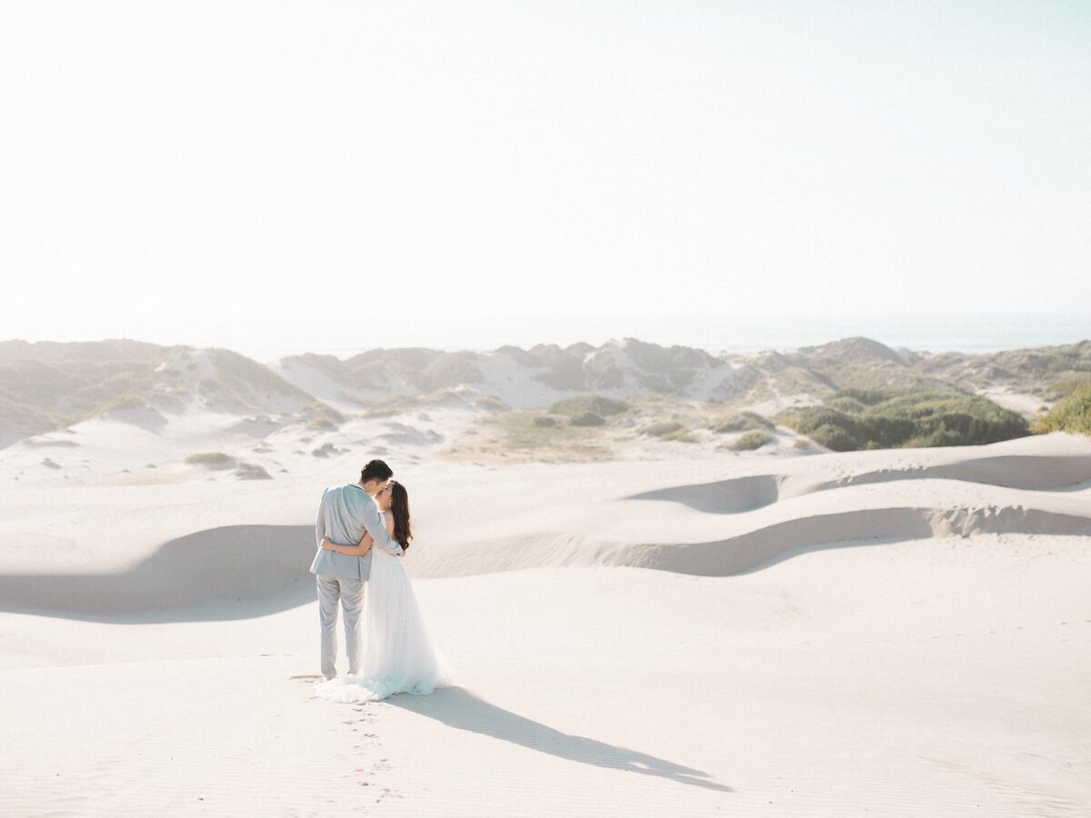 sand-dunes-engagement-session-1