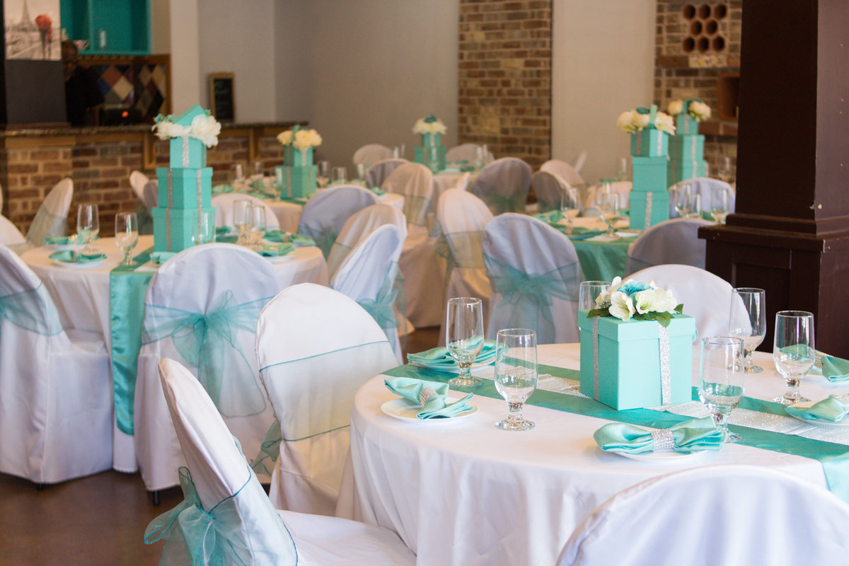 Marvelous-Cakes-and-Pastries-wedding-renewal-arlington-3
