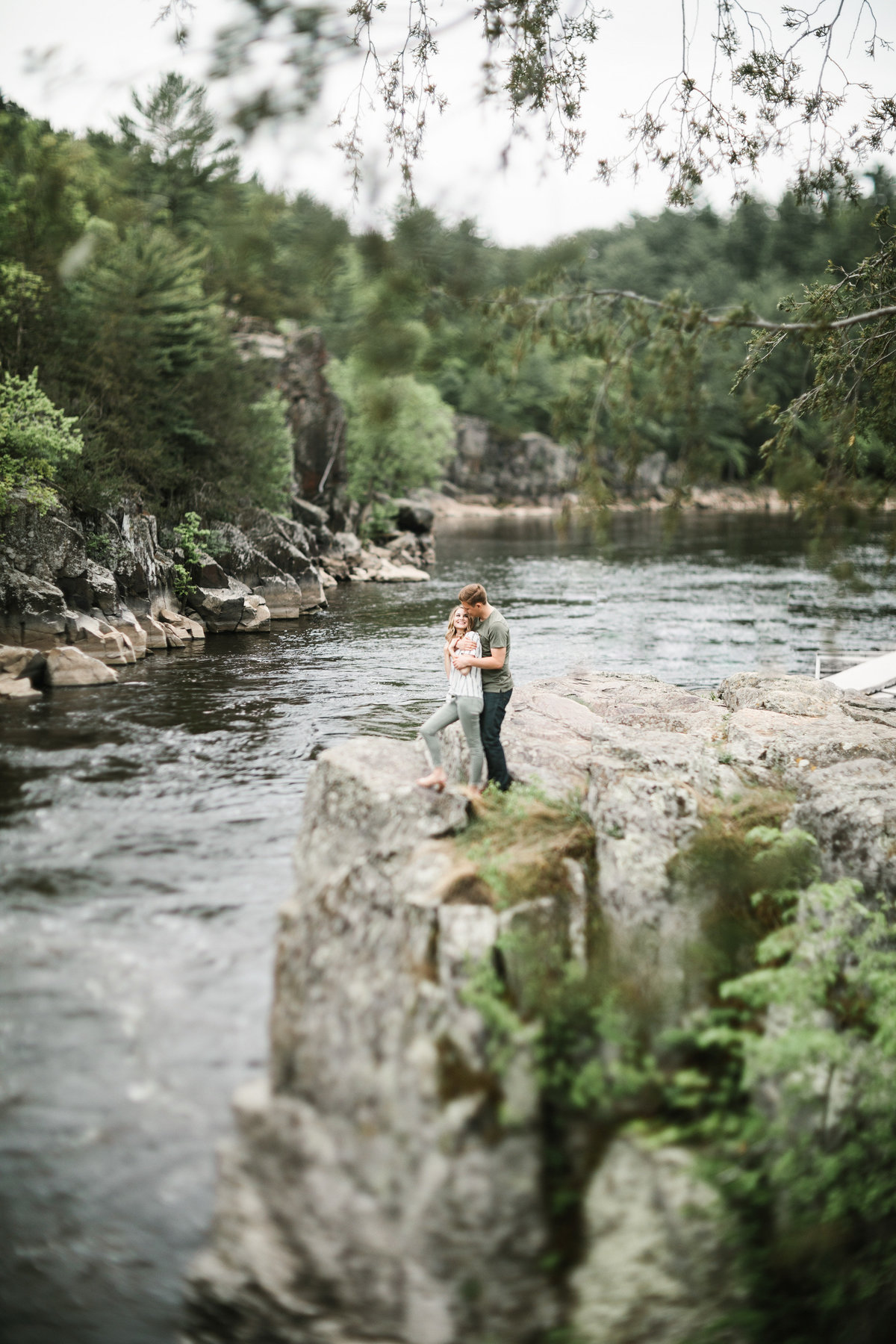 Taylors-Falls-Minneapolis-Spring-Engagement-10