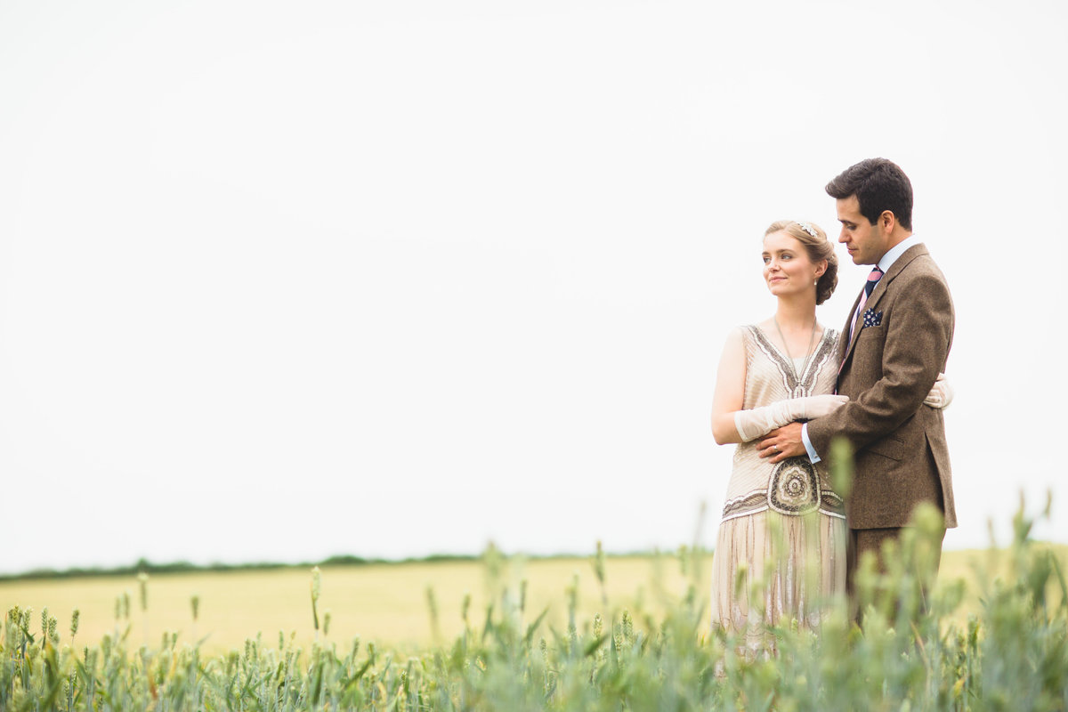 wedding couple in corn field