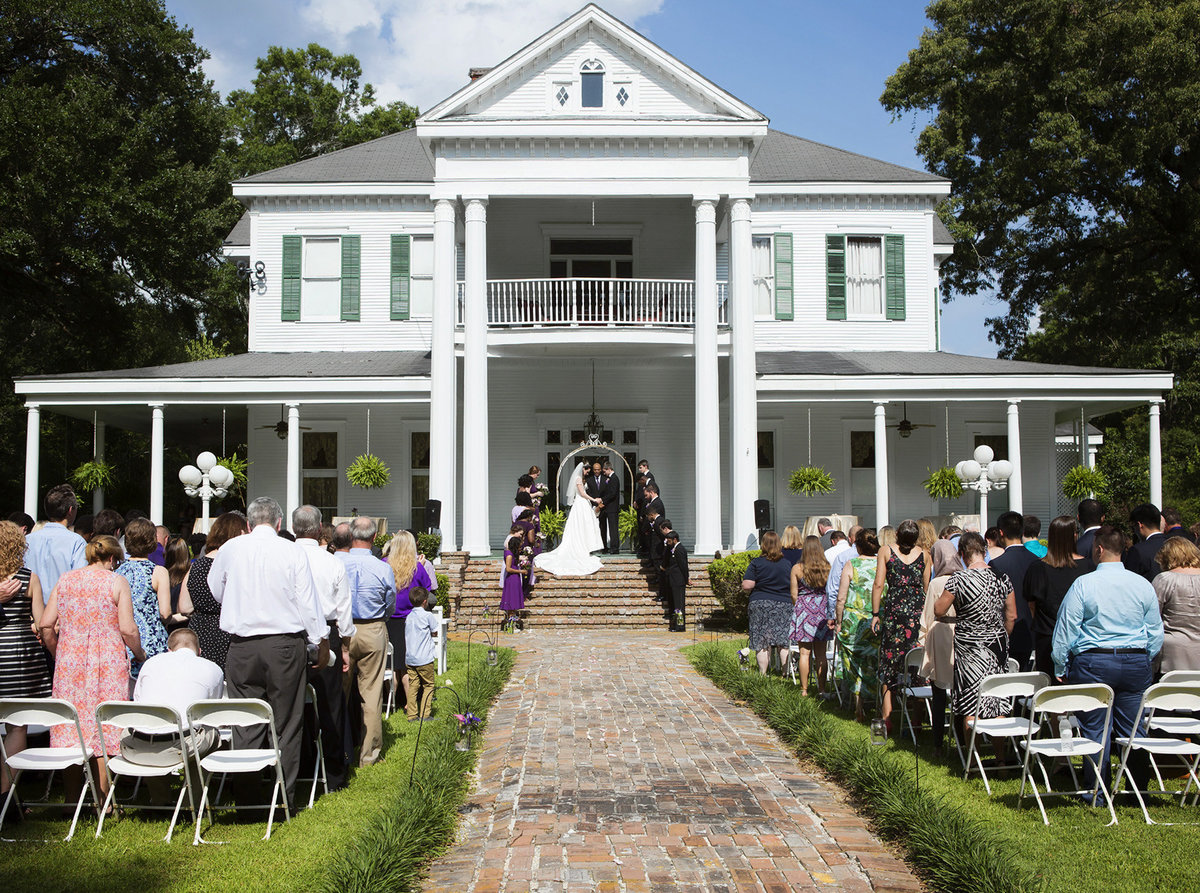 wedding ceremony on the front lawn of Blythewood Plantation in Amite Louisiana