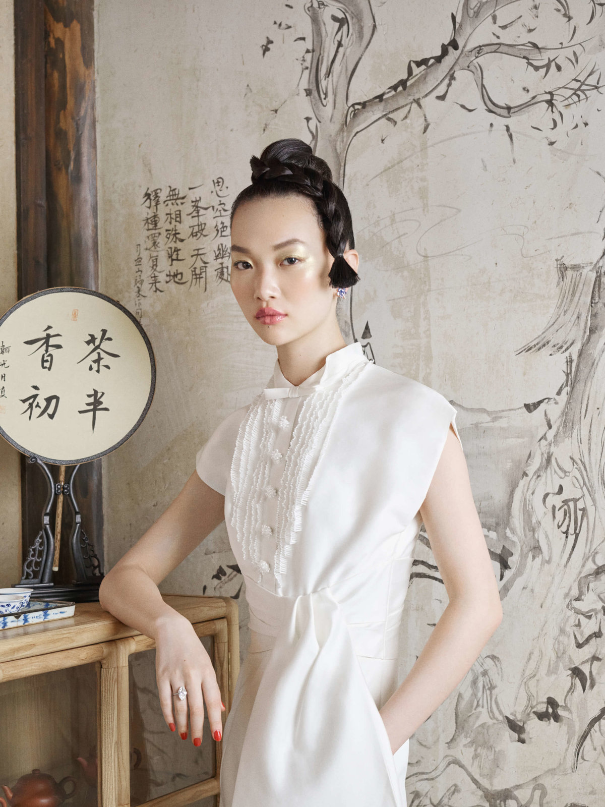 11-ktmerry-HarpersBazaar-hautecouture-ViktorRolf-China
