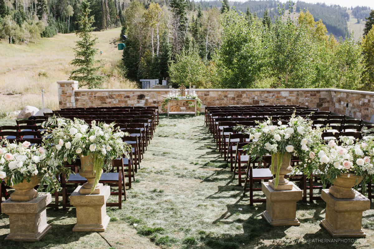Utah Florist_Summer Weddings in Park City_Romantic Wedding_Luxe Mountain Weddings_Stein Eriksen Lodge Weddings_Artisan Bloom-1541