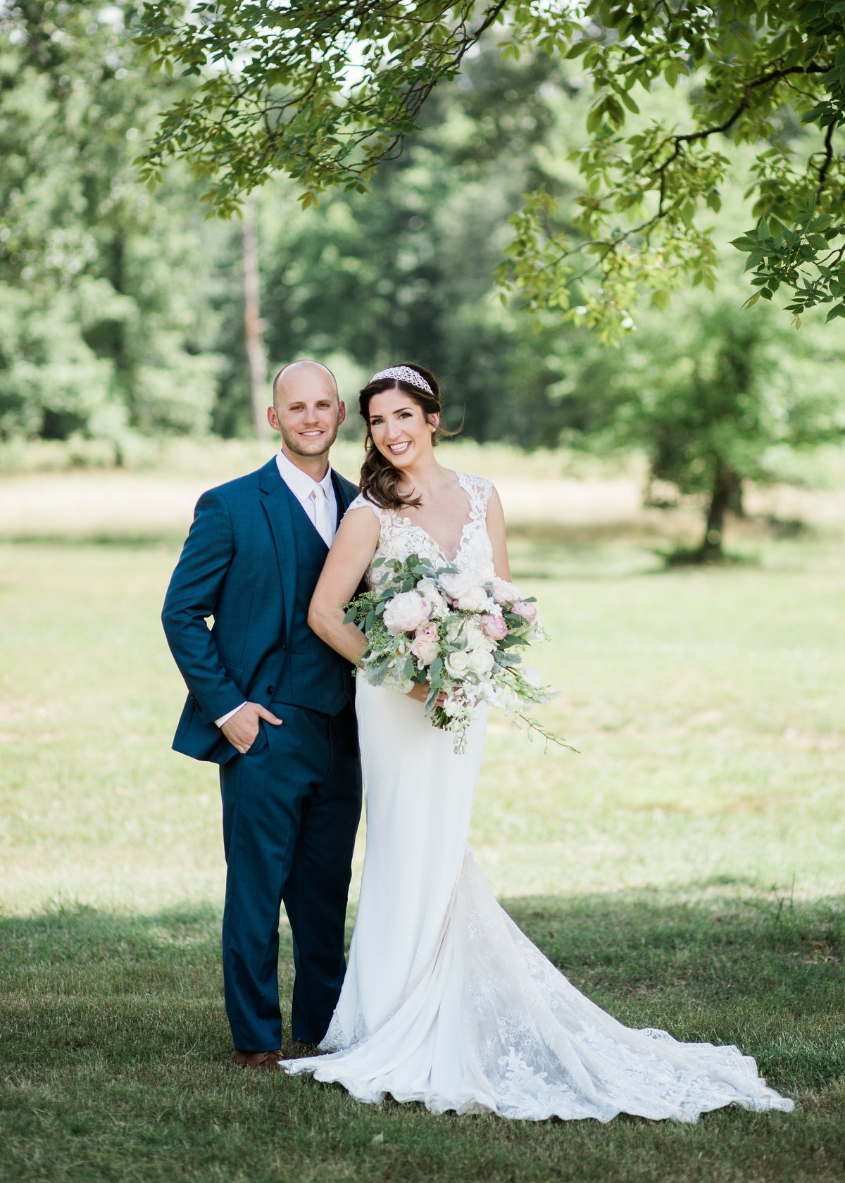 Central Arkansas Wedding Couple / Katie Childs Photo
