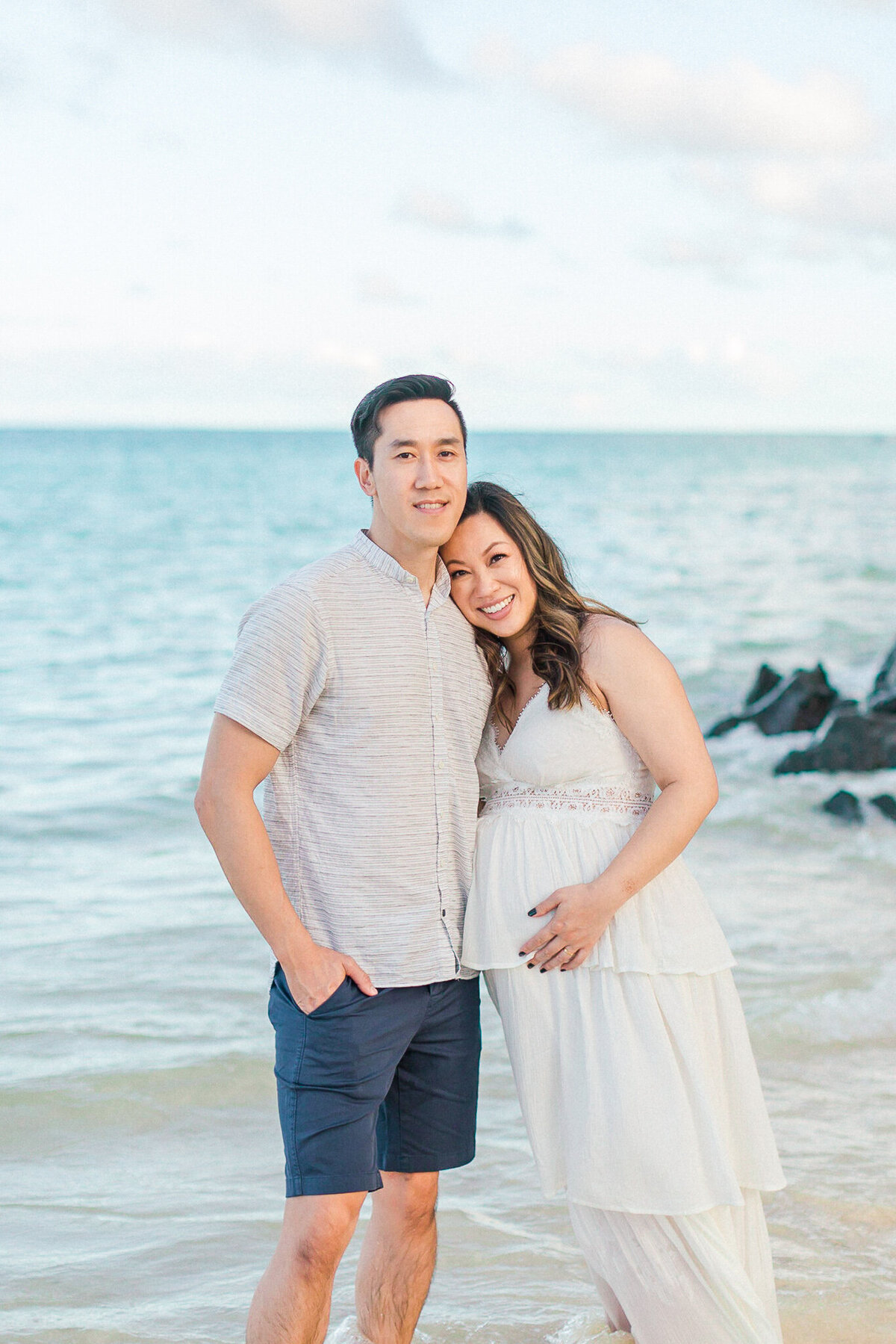Blog-lanikai beach maternity session by hawaii maternity photographer veronica ilioi photography-0021