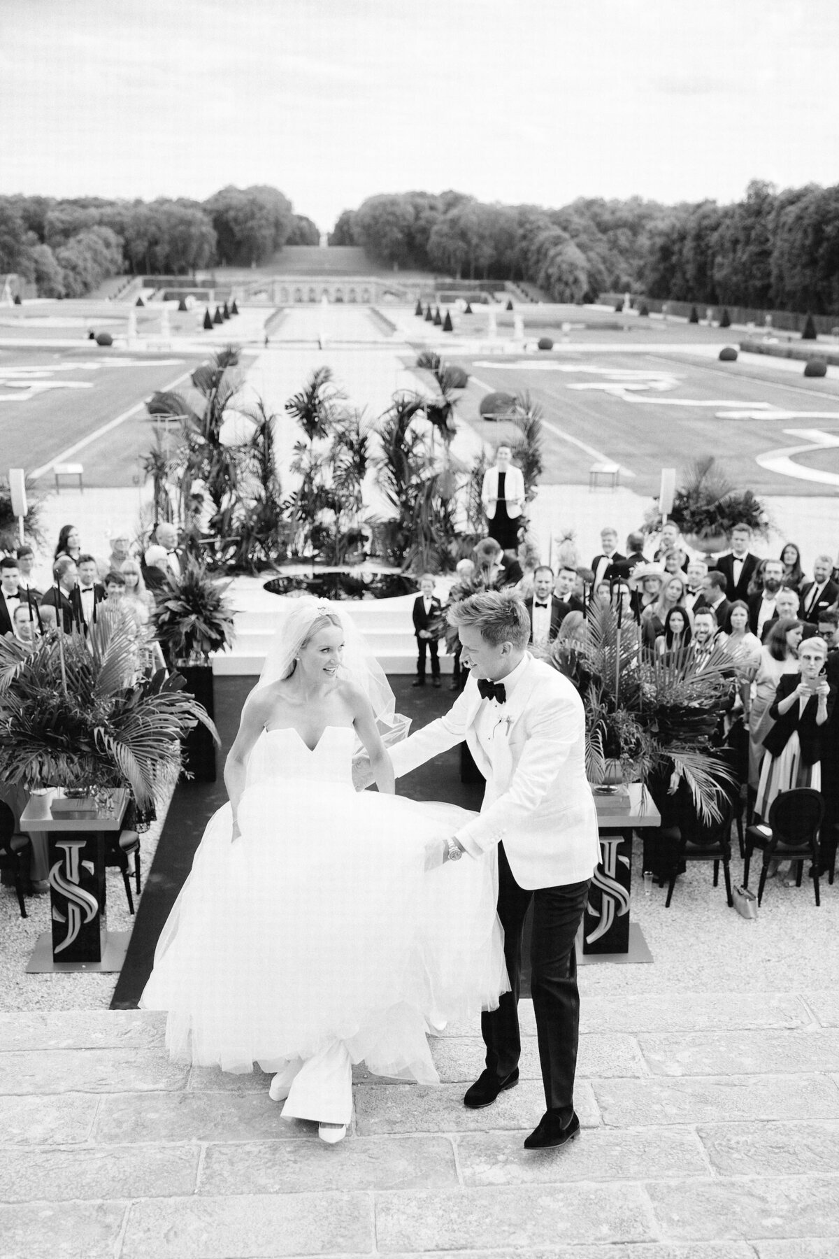 vaux-le-vicomte-luxury-wedding-phototographer-in-paris (9 of 56)