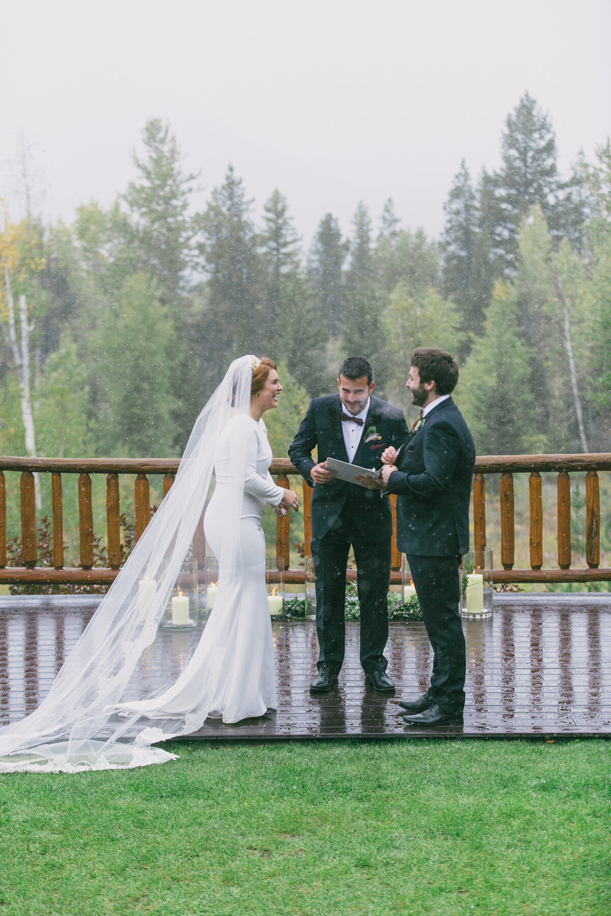 Jennifer_Mooney_Photography_Abbey_Stephen_Fall_Winter_Glacier_Park_Elopement-145