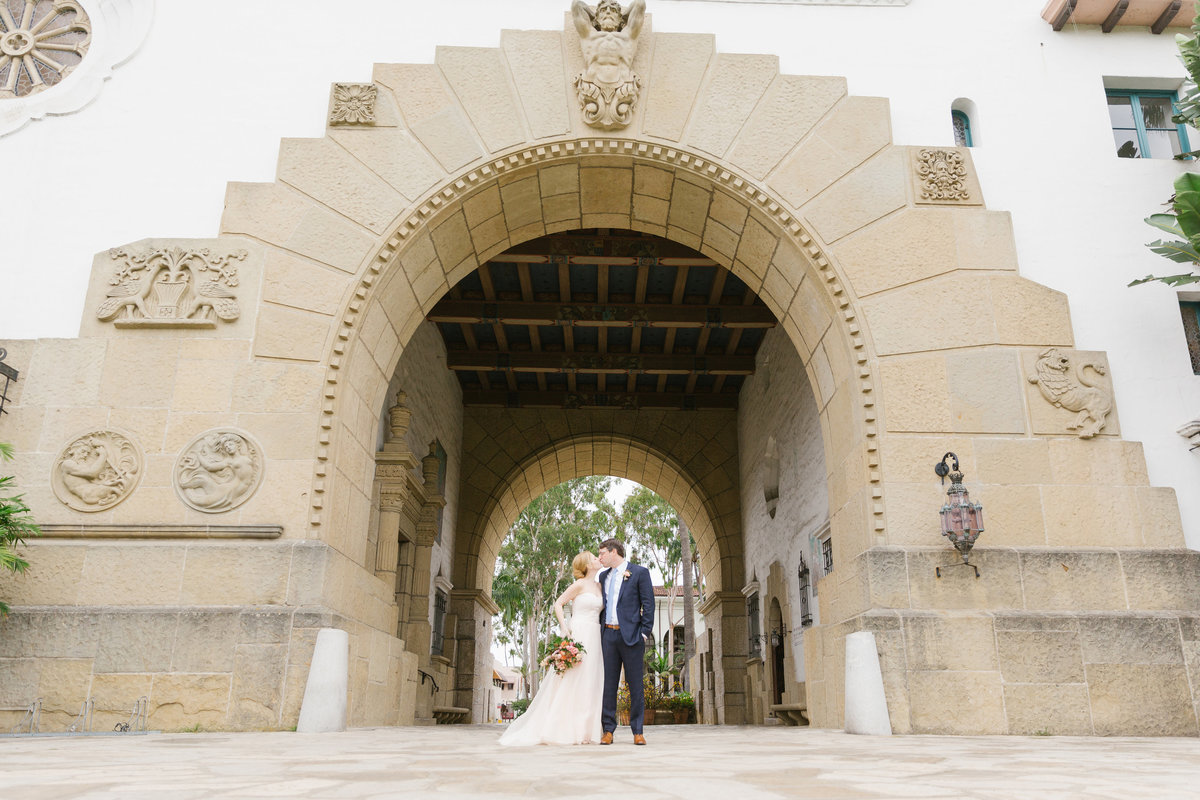 Intimate-Romantic-Santa-Barbara-Wedding-Venue-17