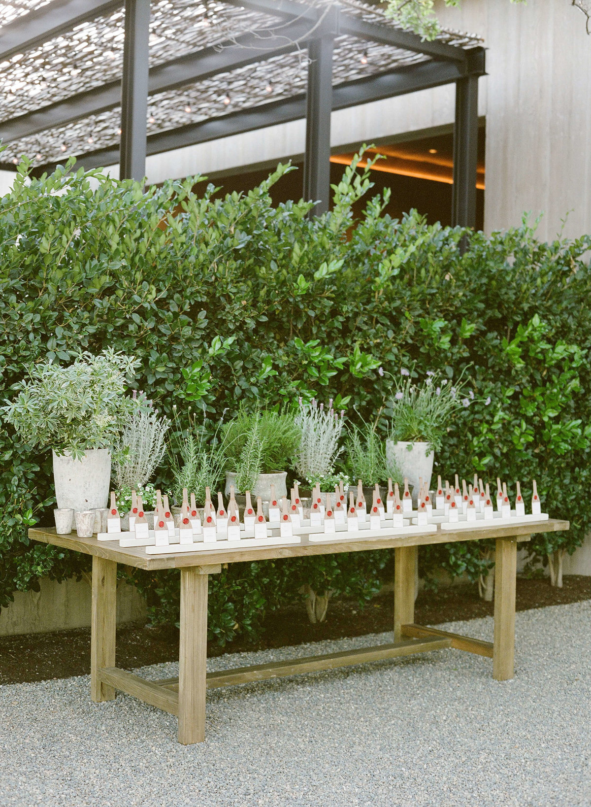 3-KTMerry-weddings-Meadowood-welcome-table-Napa-Valley