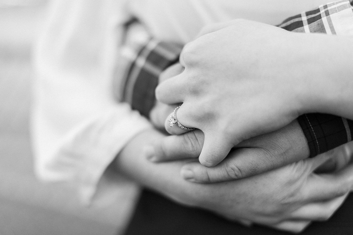 Cassidy_+_Kylor_Proposal_at_Disney_s_Beach_Club_Resort_Photographer_Casie_Marie_Photography-122