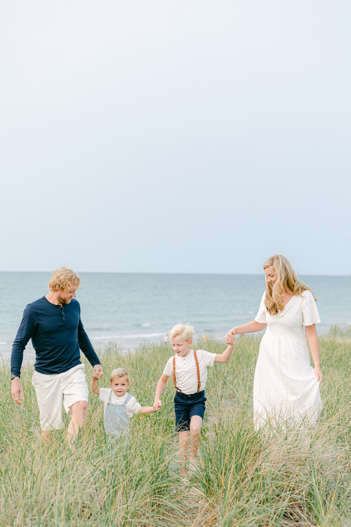Leidy and Josh Photography | Bell Beach Family Session -17