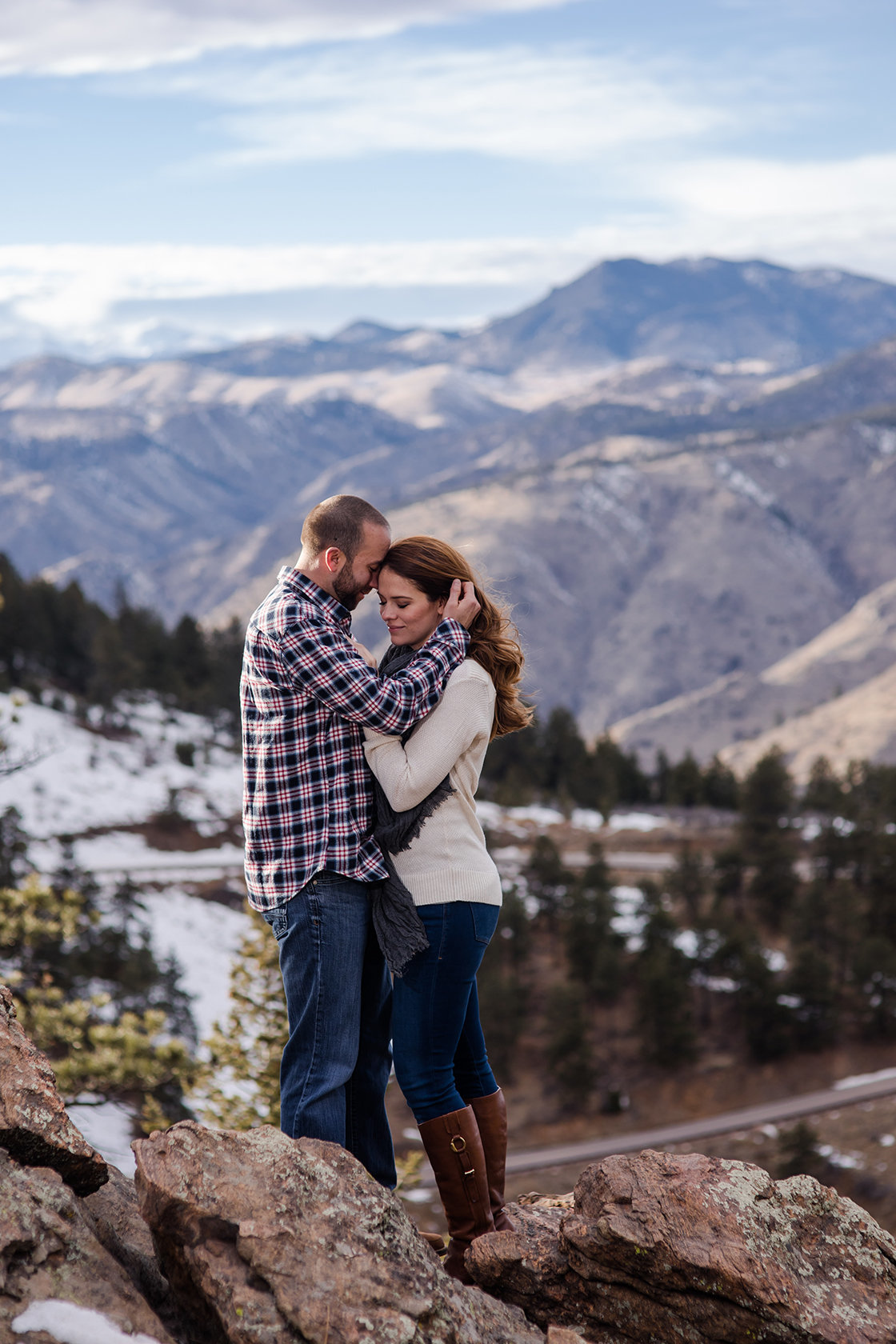 couple on top of Lookout Mountain engagement photos