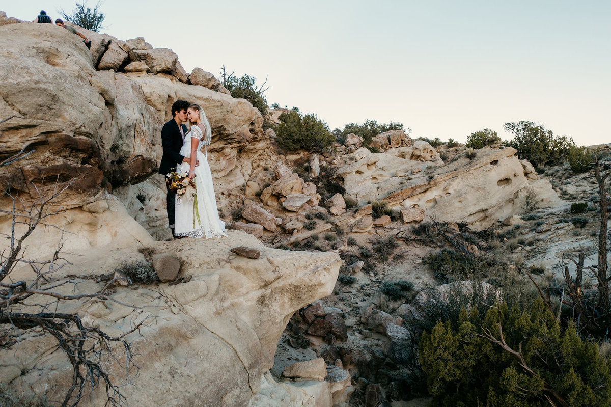 arizona-new-mexico-colorado-adventure-elopement-wedding-photographer-048
