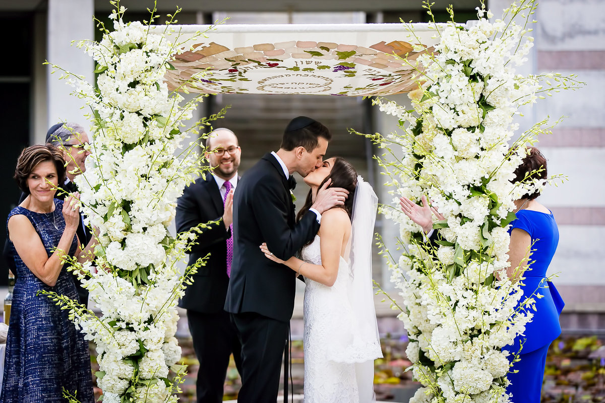 220-skirball-cultural-center-wedding-photos-rebecca-ben