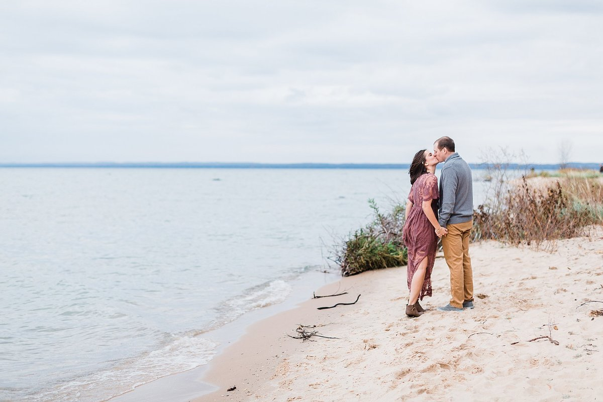 traverse-city-northern-michigan-wedding-photographer-391231235