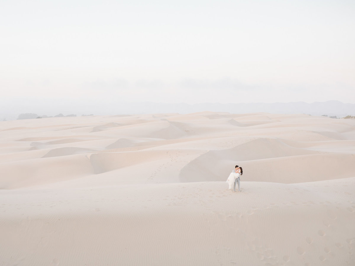 sand-dunes-engagement-session-32