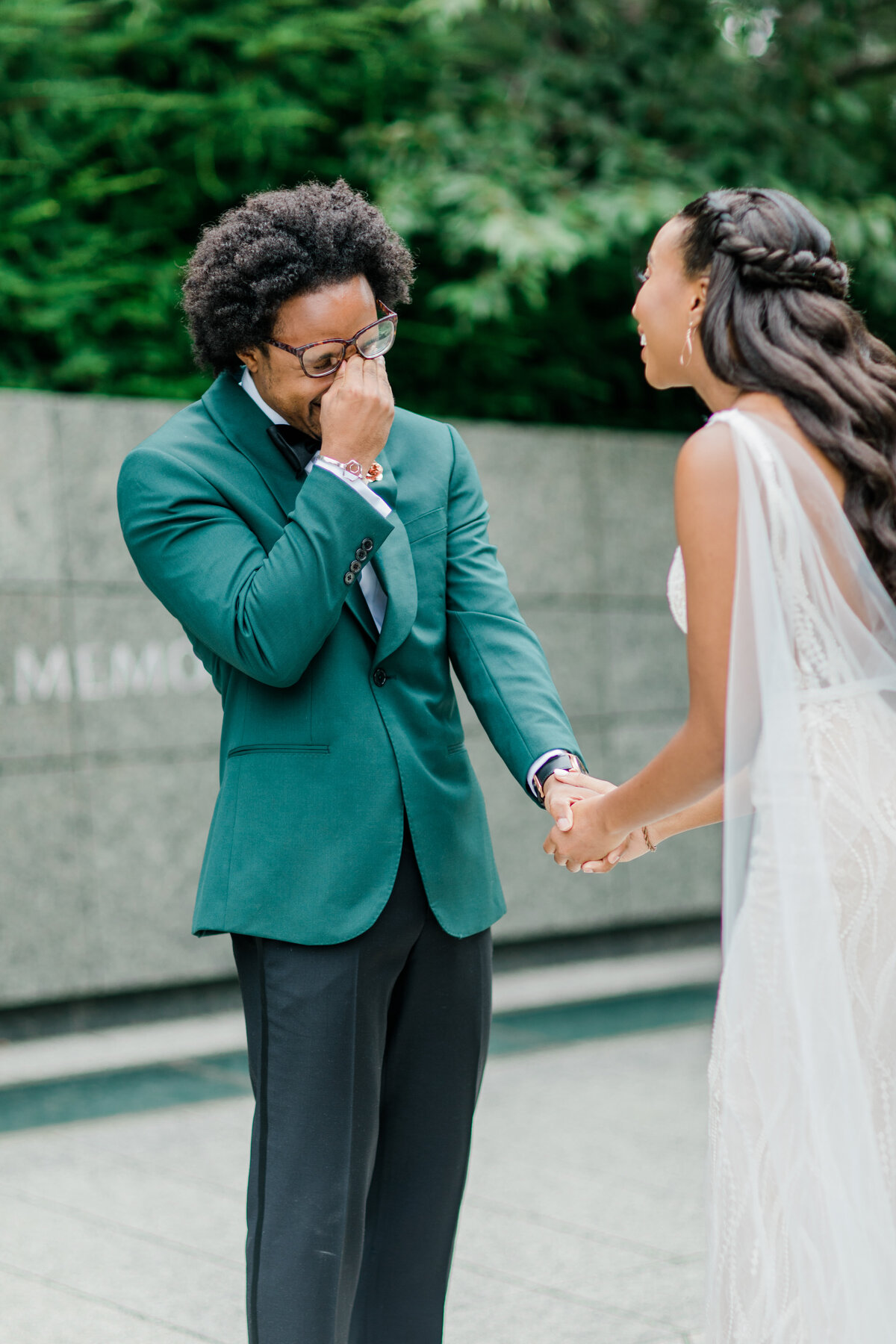 Solomon_Tkeyah_Micro_COVID_Wedding_Washington_DC_War_Memorial_MLK_Memorial_Linoln_Memorial_Angelika_Johns_Photography-3724