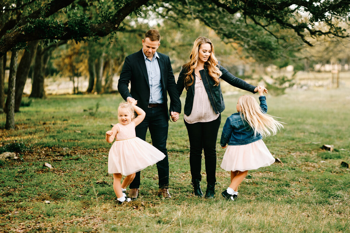 Mini session out in the hill country - family fun