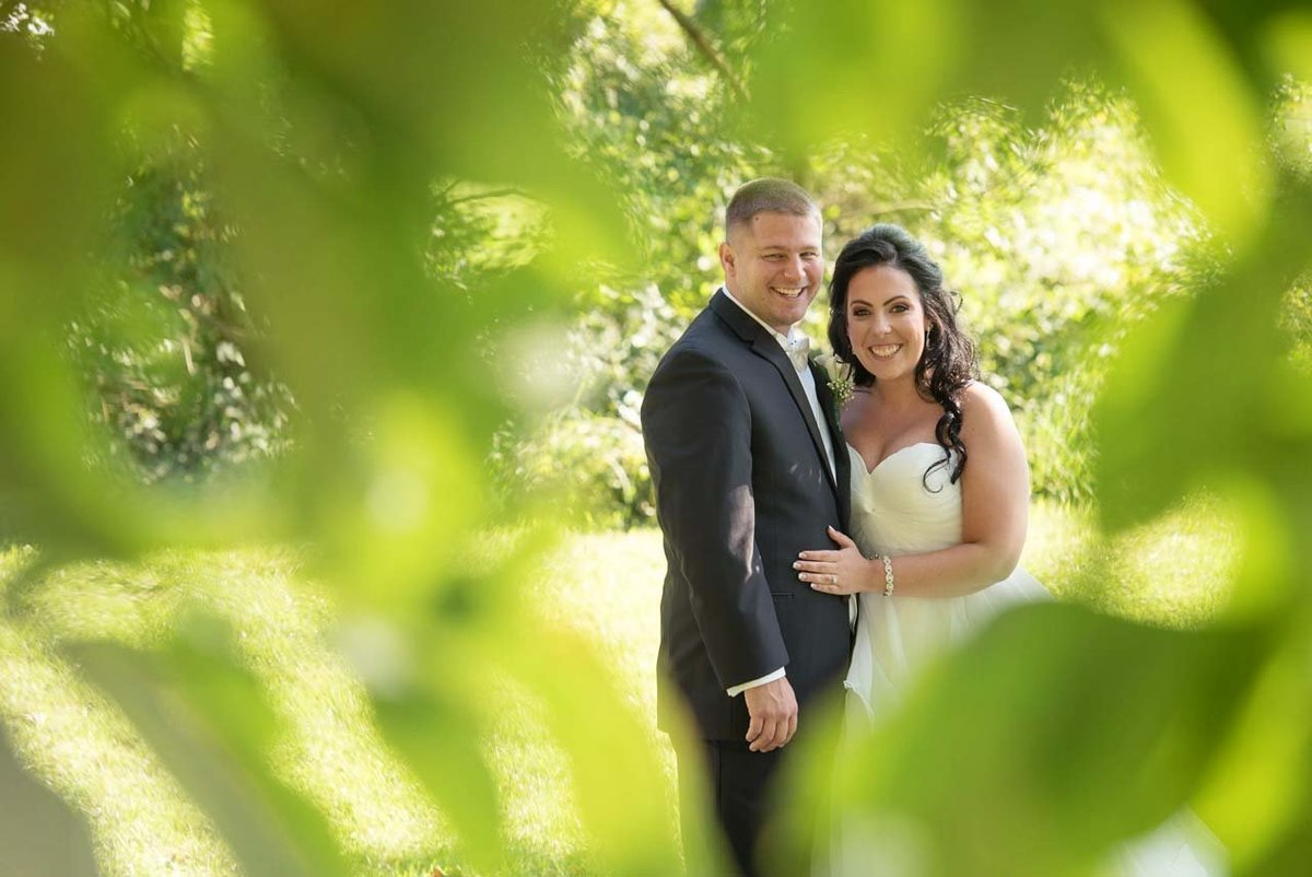 Bride and groom photos at Giorgio's Baiting Hollow