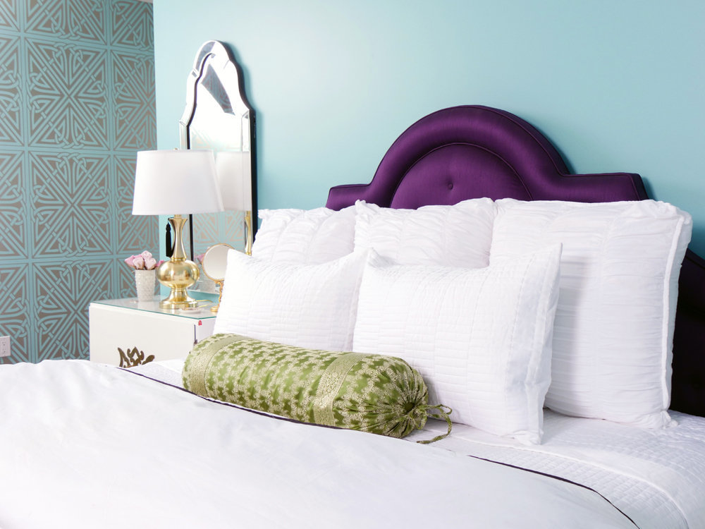 Glamour-Nest-Encino-Playful-Glamour-Interior-Teen-Bedroom-06