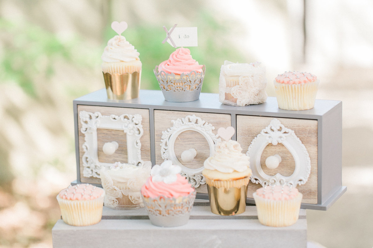 Blush Champagne Wedding Cupcakes Beliina Bakery