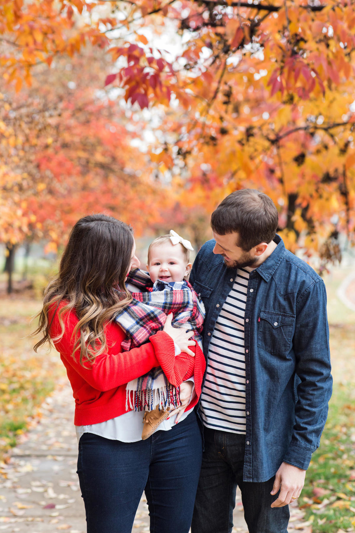 Family-Outdoor-Photographer-Fall-St-Louis-Forest-Park-Wittrock74