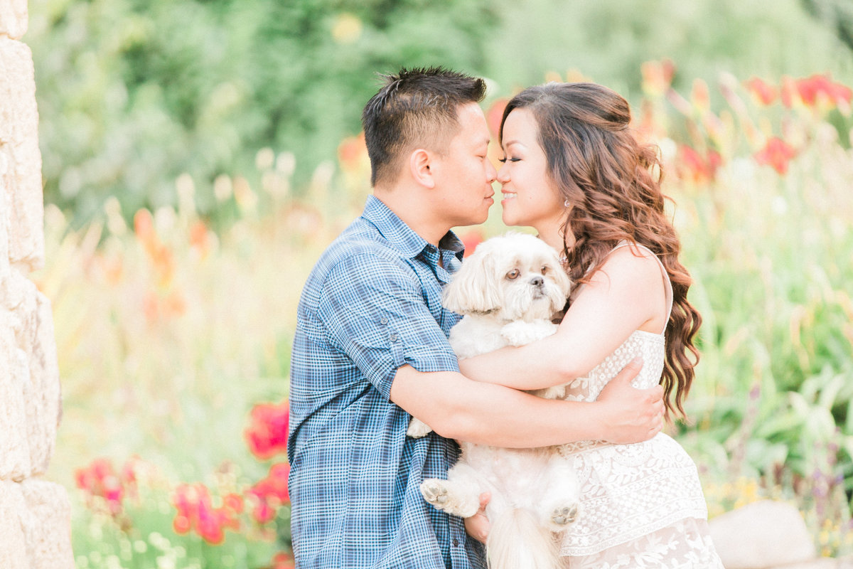 016_NorCal-winecountry-couplewithdog-portraits