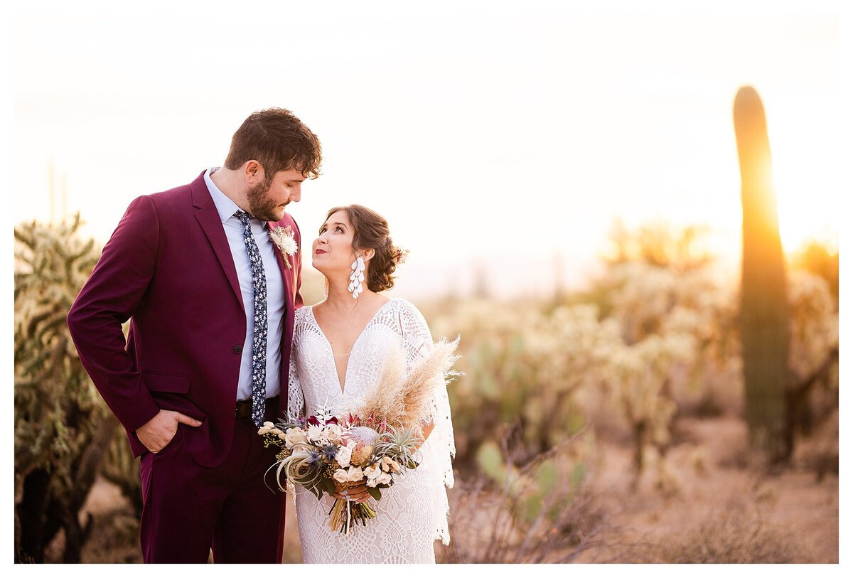 Portrait of a wedding couple in Tucson, Arizonoa