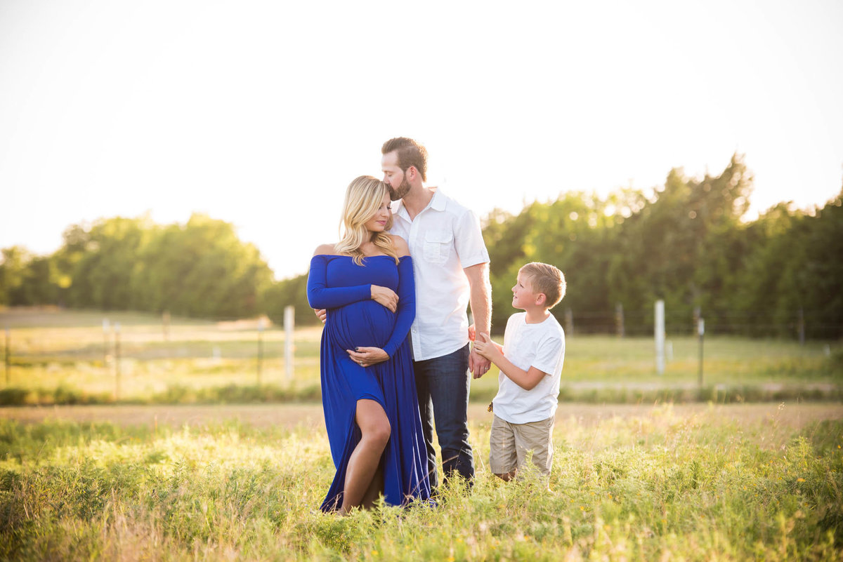 17Maternity-Photographer-Sherman-Texas-
