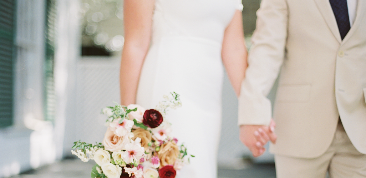 leigh-and-mitchell-seattle-wedding-florist