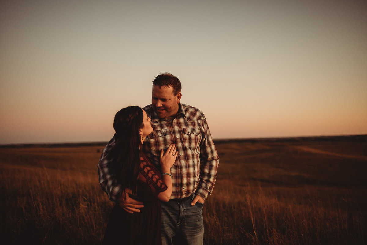 kansas-flint-hill-engagement-photos-native-roaming-23