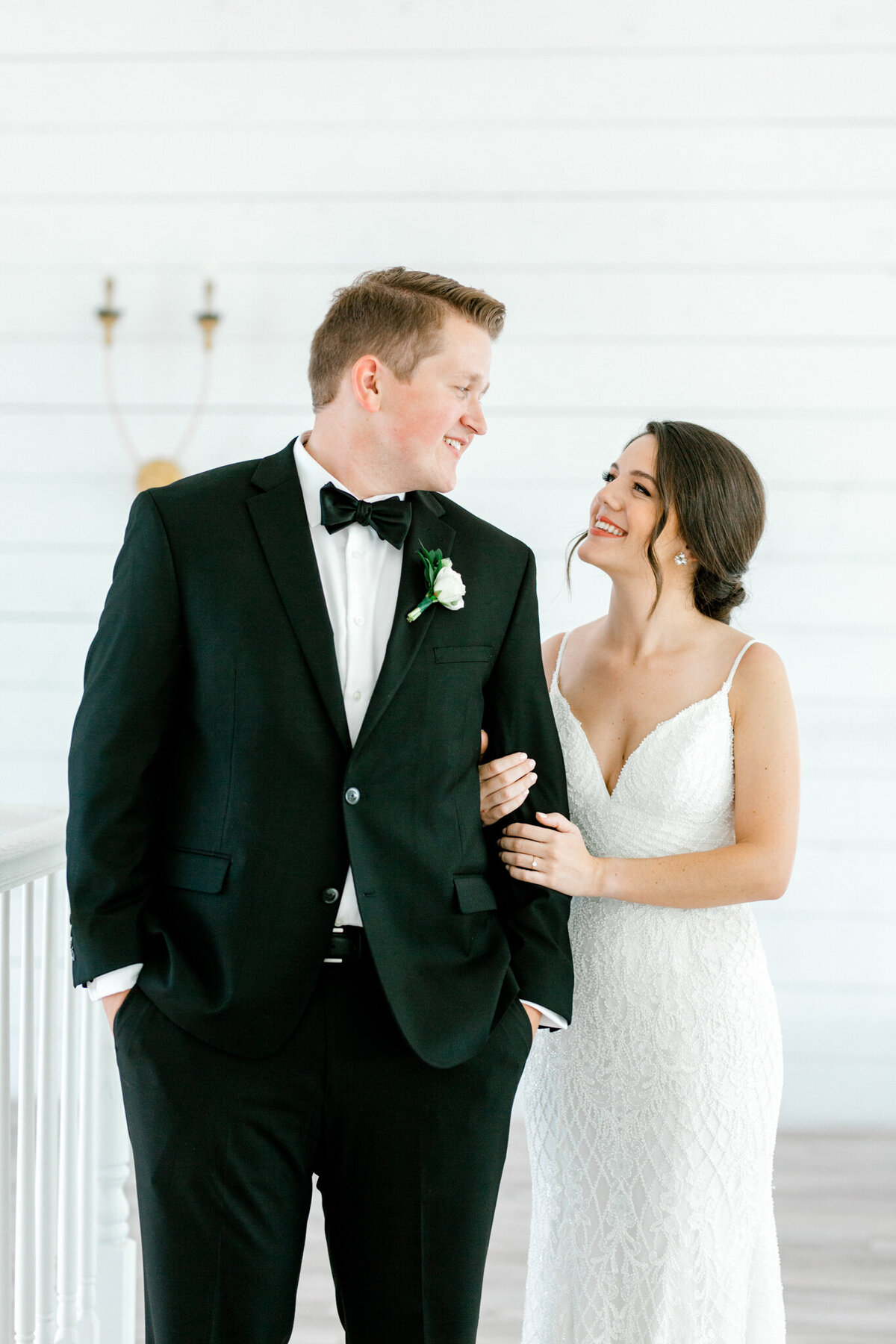 Anna & Billy's Wedding at The Nest at Ruth Farms | Dallas Wedding Photographer | Sami Kathryn Photography-103