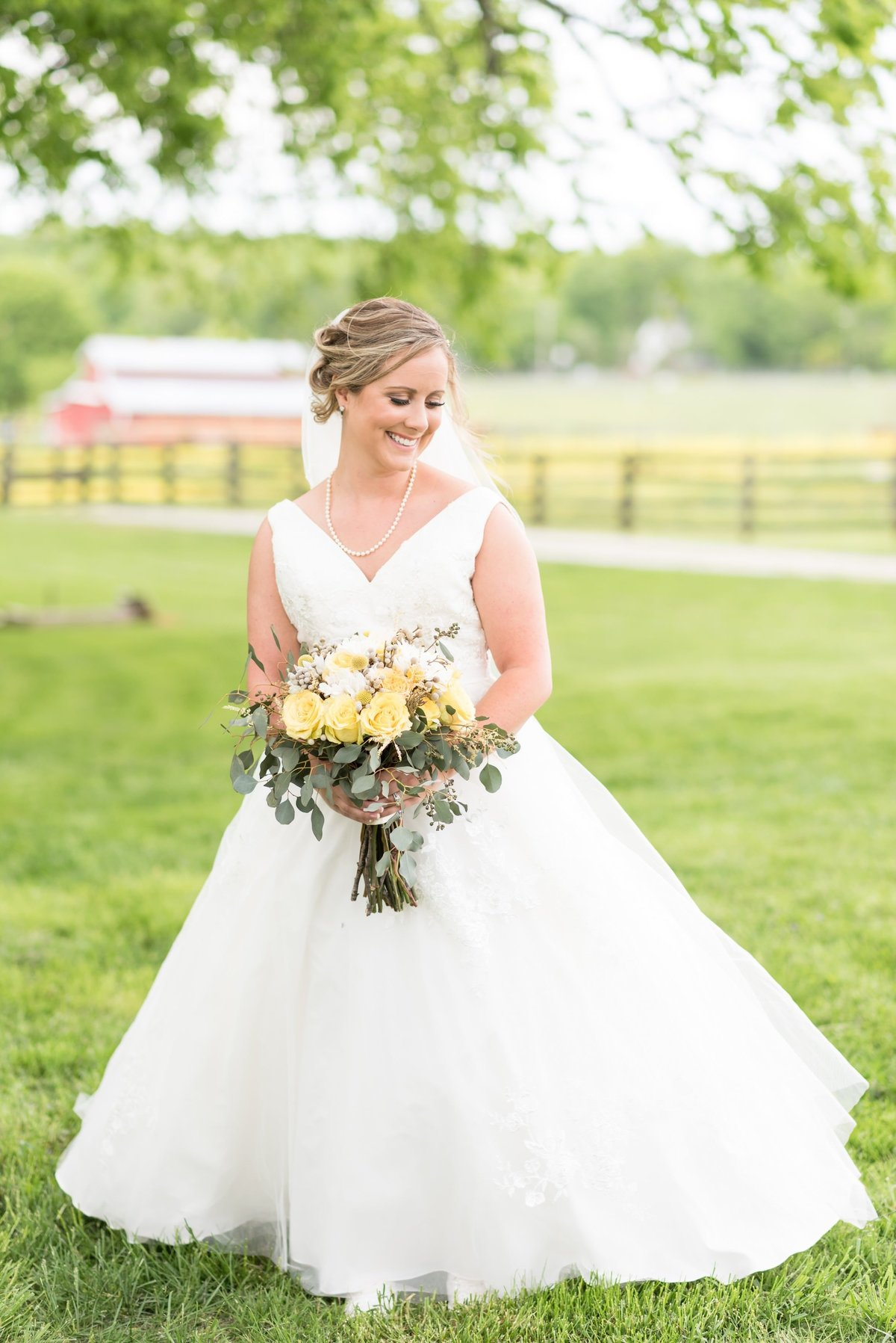 Barn-in-the-bend-Madison-TN-Nashville-Wedding-Photographers+5