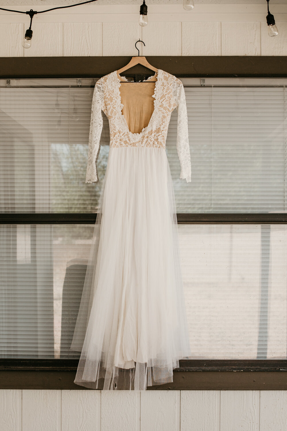 wedding-dress-rentals-for-styled-shoots-elopement-photographer-9