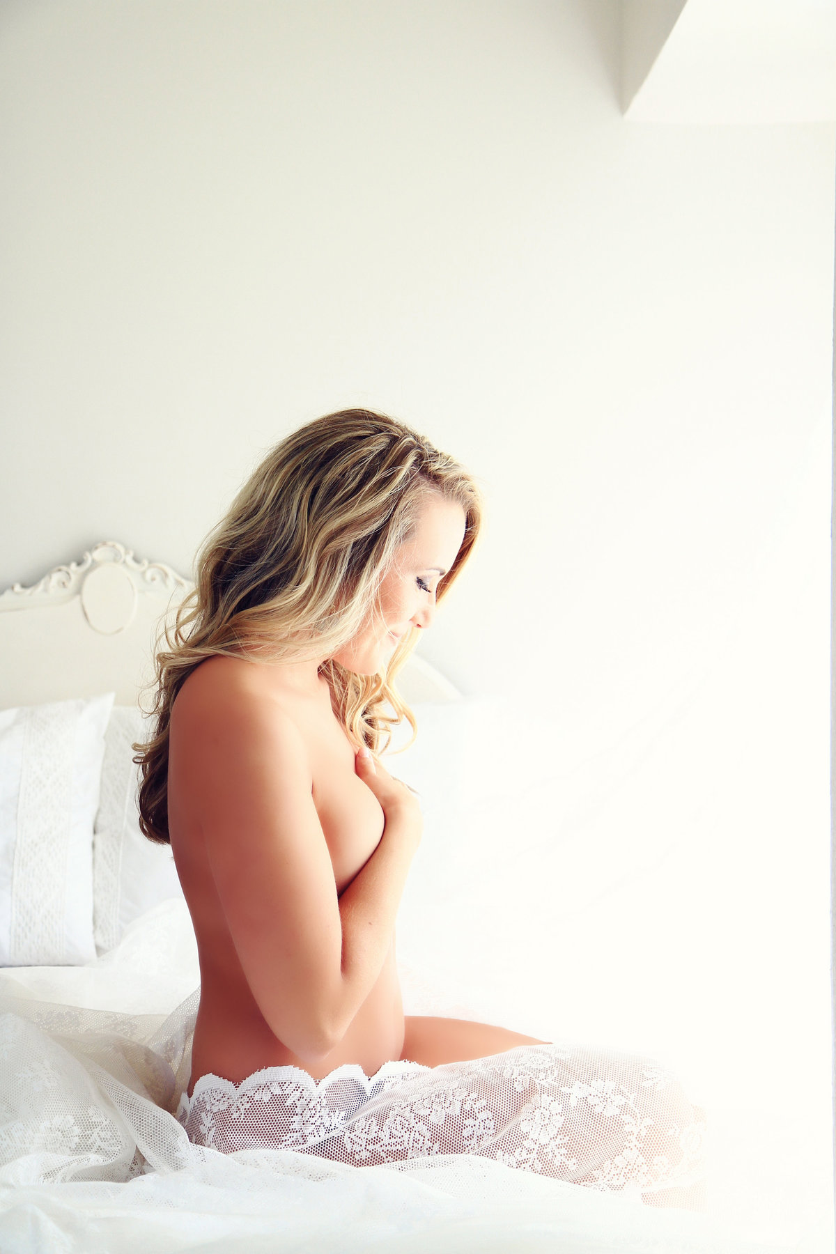romantic bridal boudoir photographer in Virginia Beach