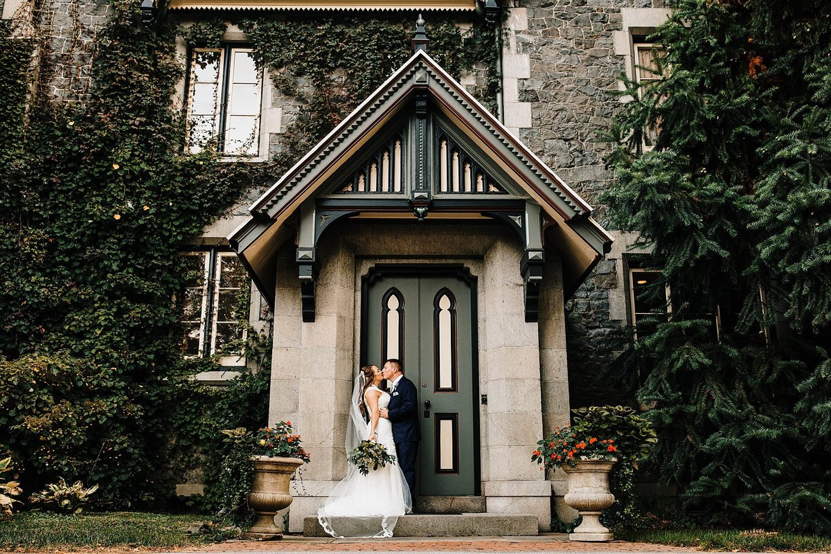 carriage-house-rockwood-park-wedding-wilmington-delaware-rebecca-renner-photography_0096