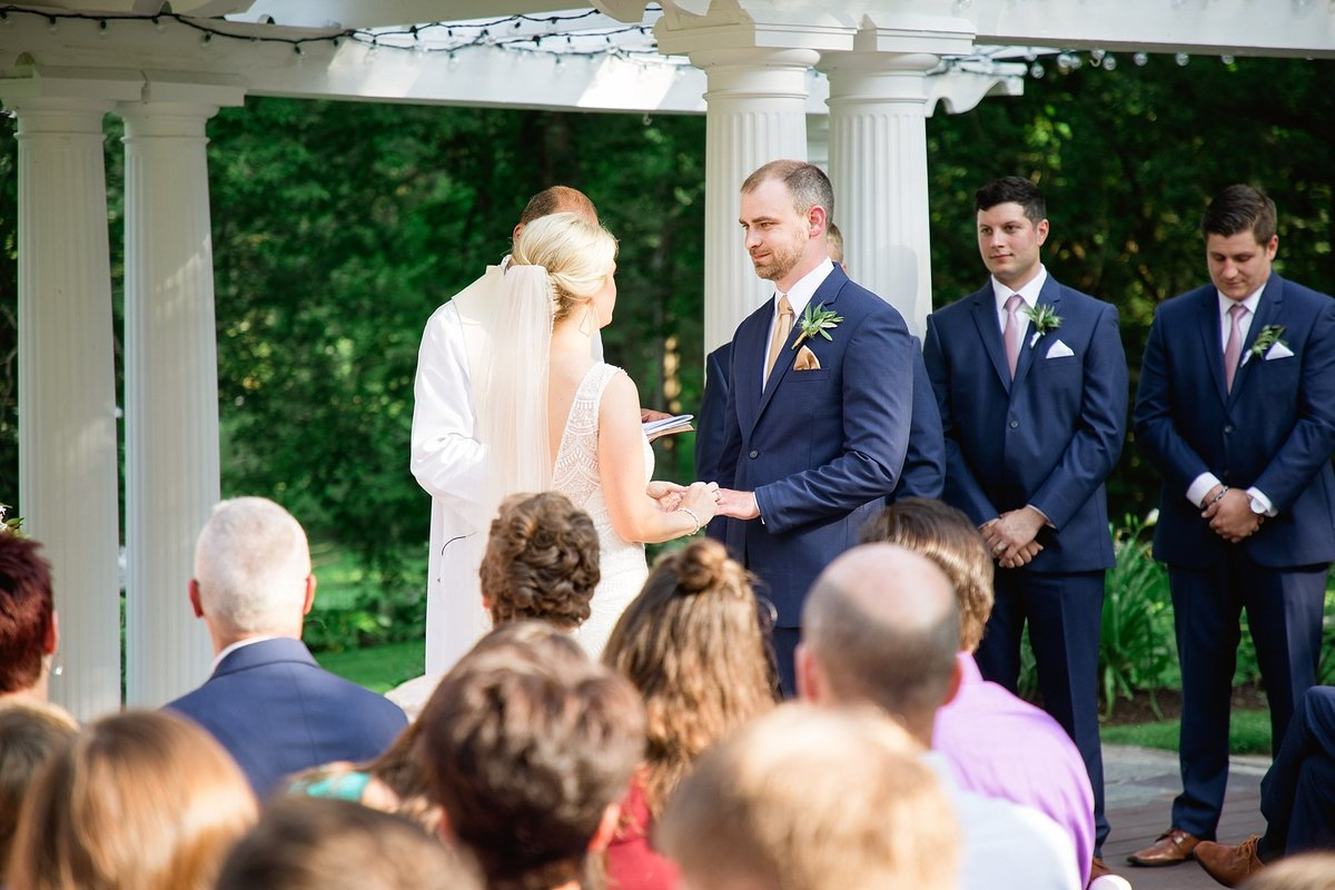 Julie-Barry-English-Inn-Summer-Garden-Wedding-Michigan-Breanne-Rochelle-Photography61