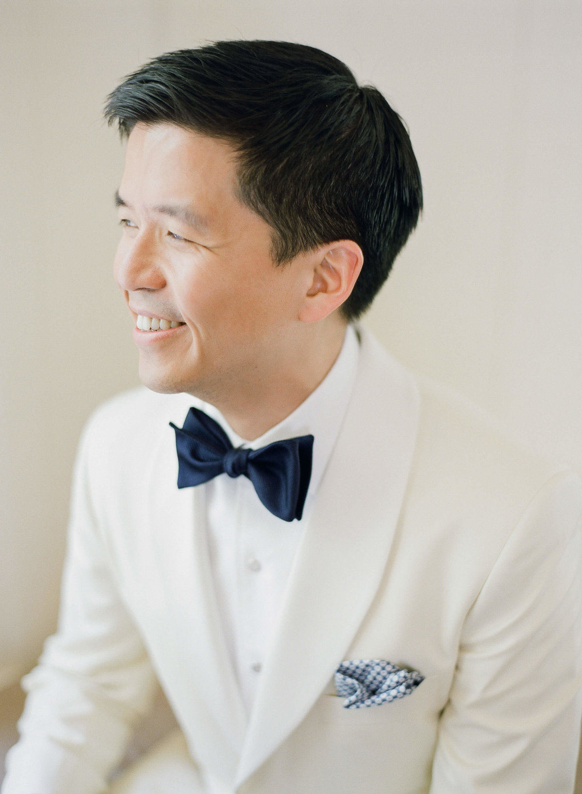 21-KTMerry-wedding-photography-groom-portrait-NapaValley