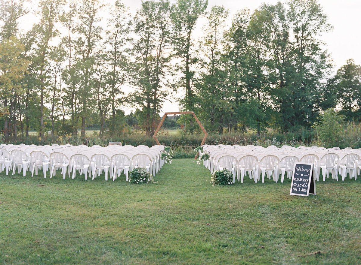 Jacqueline Anne Photography - Ottawa vineyard wedding-12